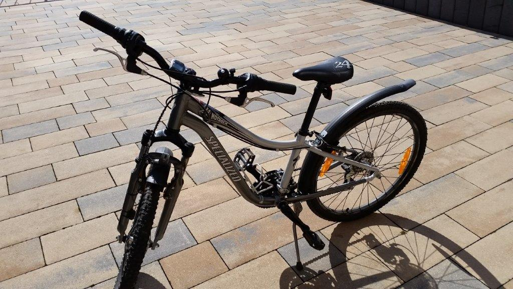 Girl's Mountain bike - Excellent condition - for sale